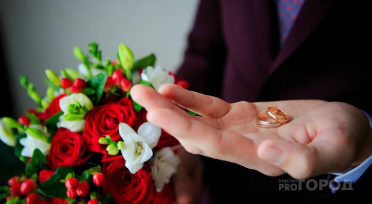 «Живите долго и счастливо?»: в Марий Эл на 100 браков приходится 98 разводов