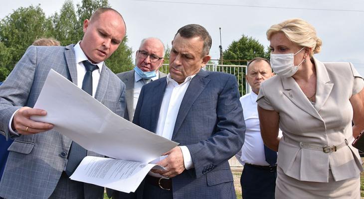 Глава республики оценил состояние реконструкции стадиона в Козьмодемьянске