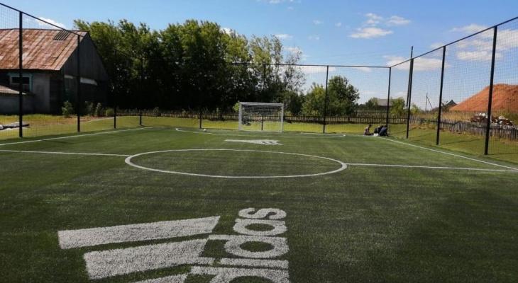 Благодаря фильму Юрия Дудя, в одной из школ Марий Эл появилась современная футбольная площадка