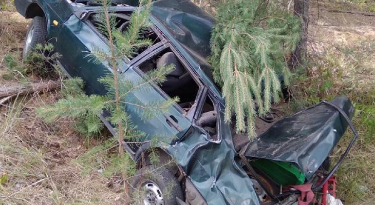 В Марий Эл перевернулась машина с пьяным водителем за рулем