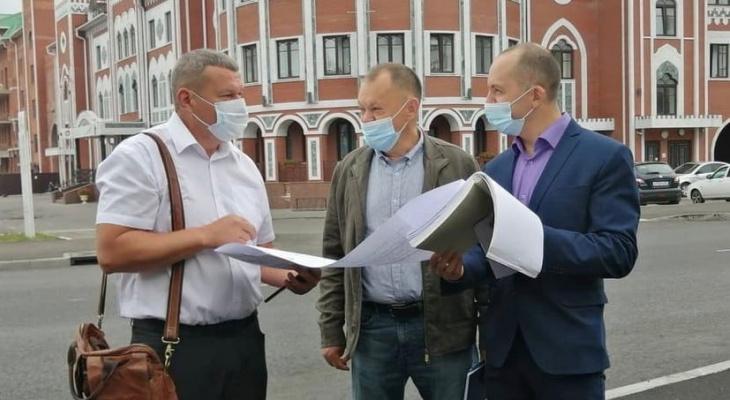«В целом, работы выполнены качественно»: мэр Йошкар-Олы оценил ход ремонтных работ на улице Эшкинина