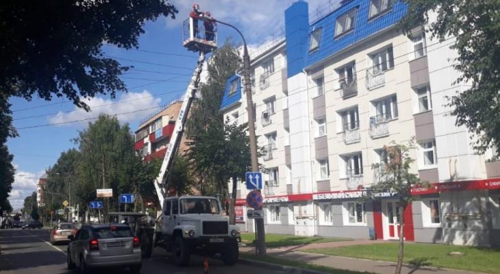 «Ходили, как в потемках»: на Советской в Йошкар-Оле избавились от ртутных ламп
