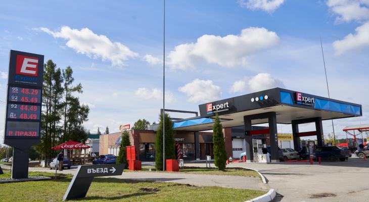 В Йошкар-Оле открылась ультрасовременная заправка с качественным бензином, вкусным кофе и обалденными хот-догами!