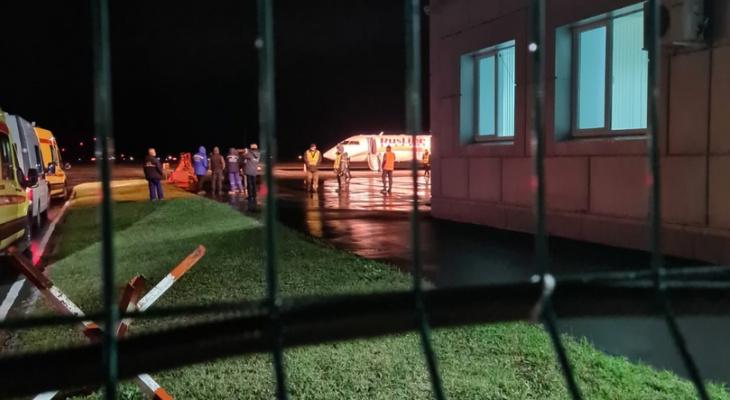 У самолета, вылетевшего из Йошкар-Олы, отказал двигатель в воздухе