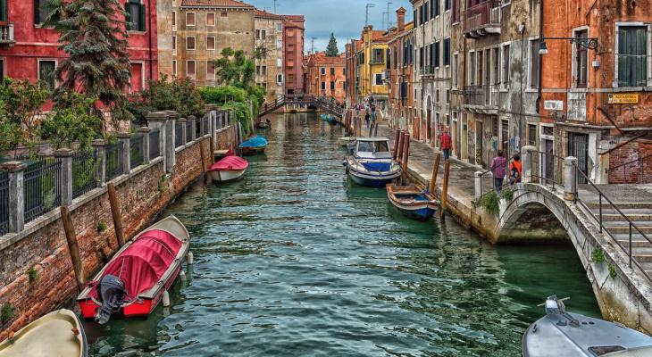 Куда поехать на выходные: один из самых романтичных городов Европы