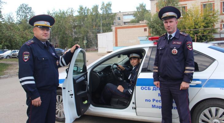 «При виде полицейских зашевелились»: в Йошкар-Оле трое автоинспекторов задержали угонщиков