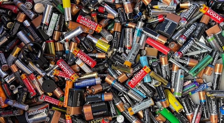 Жители Марий Эл сдали на переработку более 60 килограммов использованных батареек